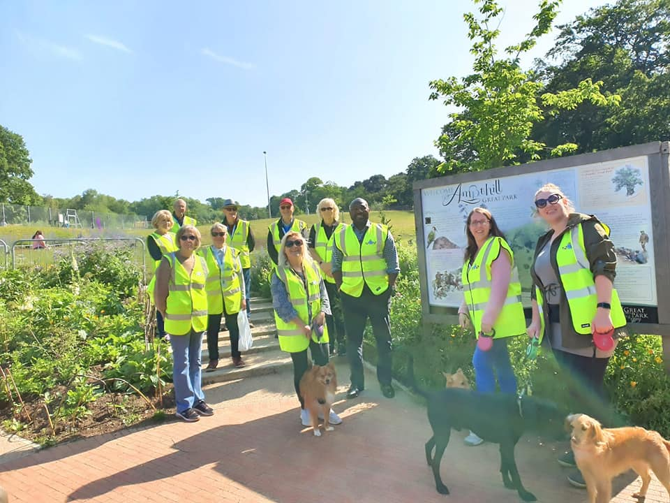 PCC takes part in Dog Walk to promote Bedfordshire Police volunteering scheme and pet theft